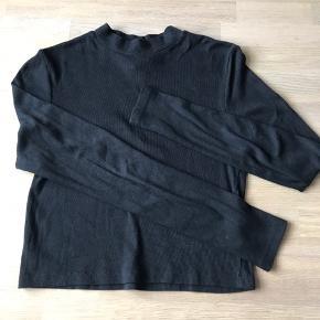 Feminin turtleneck inspireret casual wear ala Nora fra SKAM. - heya Norge!