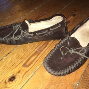 Kun brugt få gange, fede loafers. Kom med et bud!