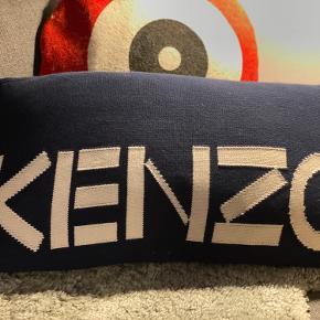 Ægte KENZO, nu pude lavet ud af KENZO tubekjole❤️
