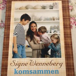 """Skøn kogebog af Signe Wenneberg 🤎 """"Komsammen"""" 🤎 Prøv hendes lækre jordskokkesalat eller hyggelige kanelkage 👌🏼"""
