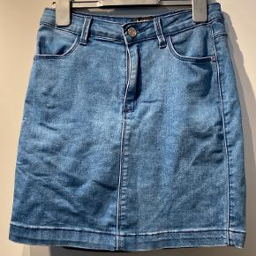 Missguided nederdel