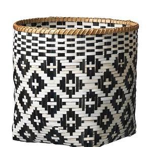 Super flot kurv i bambus. God til opbevaring eller som vasketøjskurv. Aldrig brugt. Str: 42 cm høj og en diameter på 45 cm.