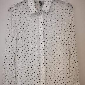 Divided skjorte