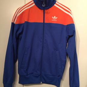 Adidas cardigan. Str small