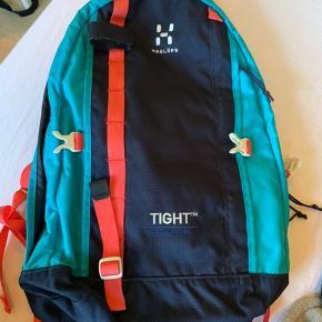 Rigtig fin haglöfs rygsæk - ikke brugt særlig meget! Np. 800 kr. - mp. 200 kr