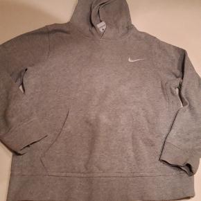 Nike str m 10/12 år Gmb  Pris 55 kr pp MobilePay
