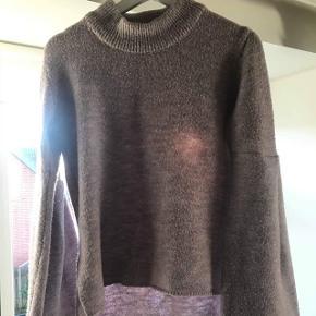 Super dejlig og varm sweater i lyselilla