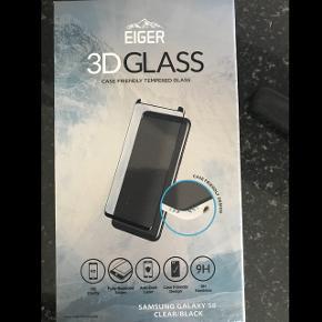 Eiger - Samsung Galaxy S8 Vollbild Panzer Glas 3D Display Schutzfolie mit Rahmen neu ungeöffnet neupreis 34.90CHF siehe liferschein heute erhalten versand 7 CHF übernimmt der käufer