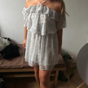 Helt ny polka prikket kjole fra Mango