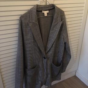 Er normalt en str s, så har brugt den som en oversized jakke