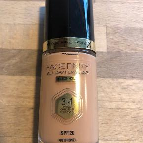 Max Factor makeup