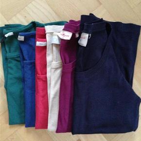 4bf7b682ede Brand: Noa Noa m. fl. Varetype: T-shirt Farve: Flere