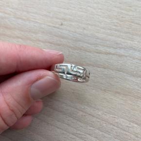 Super fin sølvring  925-Sterling silver  Str. 55 Ukendt mærke - købt hos en guldsmed