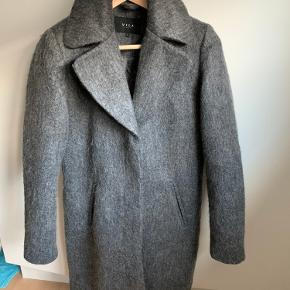 VILA frakke