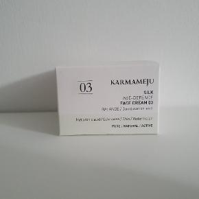 Karmameju Age-Defence Face Cream.  50 ml. Helt ny og aldrig åbnet.