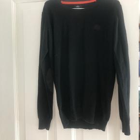 Sælger denne sweater i Lambswool kan  sendes for købers regning