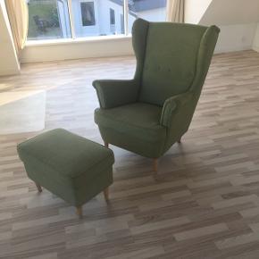 Ikea lænestol. Er slidt på siderne men disse tråde kan barberes af også ser den fin ud igen. Lækker at sidde i