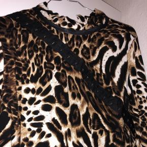 Kjole fra ASOS, mærke: beclaimed vintage