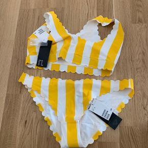 Super fin bikini fra H&M. Aldrig været i brug - ej heller prøvet på.