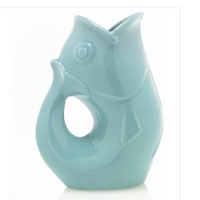 Fineste fiske kande/vase i lyseblå. God stand.