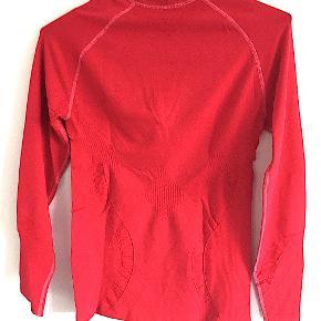 Newline bluse str. L/XL, aldrig brugt.