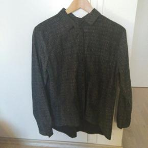 Tolle Hemdbluse in schwarz-meliert