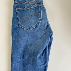 Lee jeans model Scarlett str. 26/31 i super stand.