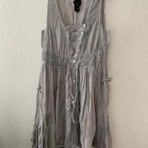 Nü kjole