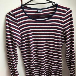 a4efbb223e0 1. Nørgaard Paa Strøget bluse, kan ikke fås inde på deres hjemmeside  længere. Lækker kvalitet