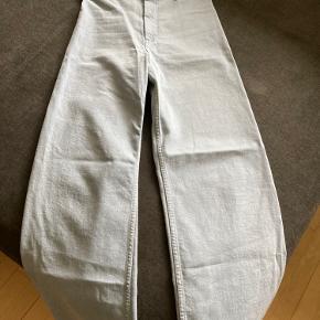 The Marine straight jeans fra Zara - kun brugt 2 gange