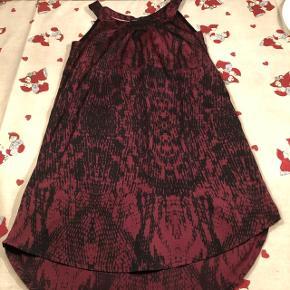 Rigtig fin kjole brugt meget lidt