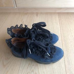 Comfy sneakers fra Ganni