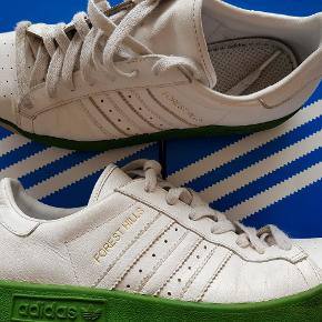 Adidas forest hills  Stand 7/10