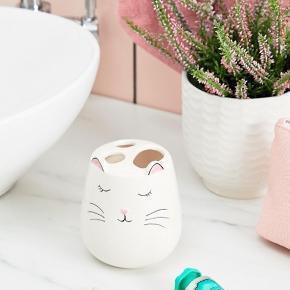 Sass & Belle tandkrus med kattemotiv.  Ny.  Bytter ikke. MP er den angivne pris.