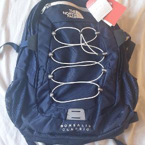 Helt ny taske med mulighed for at have den bærbare med. Northface Borealis Classic