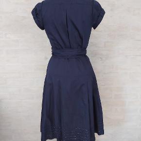 DvF wrap dress/ slå-om kjole. Model Edan. Brugt 1 gang og er som ny. Str Us 4, passer en 36/38. Rabat ved køb af flere ting.