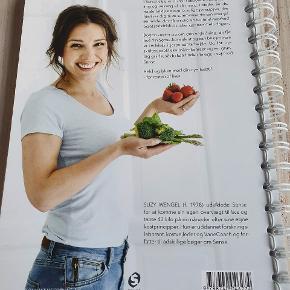 Bogen om sense gode opskrifter, inspiration osv kun lige kigget i.