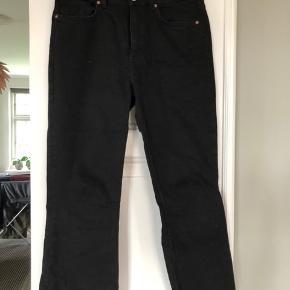 Fine bukser - er lidt små i størrelsen.