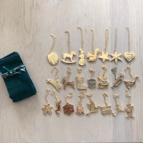 Georg Jensen jule ornamenter  Aldrig brugt  Der er i alt 22 stk. + en original opbevaringspose  Det hele sælges samlet for 2500kr