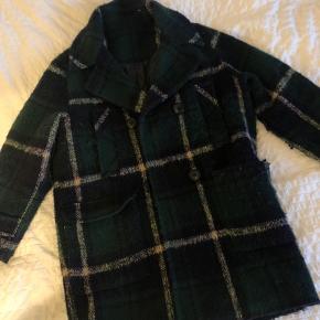 Vintage / genbrugsjakke  Der står ingen størrelse i, men den passer bedst en small