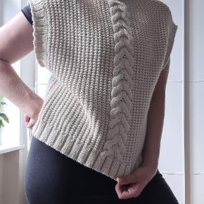 AWARE by VERO MODA vest
