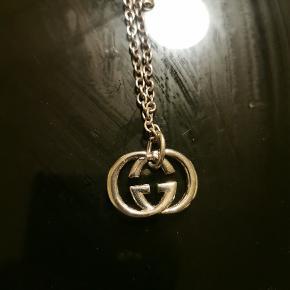 Gucci halskæde, i flot stand Sterling sølv 925 Sælges da jeg står i penge mangel