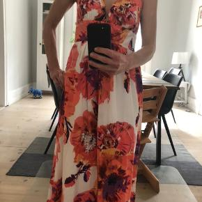 Long dress made out ofsilk, bought it in New York, new with price tags