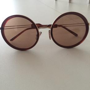 Fine solbriller, som jeg aldrig har fået gået med :) Model: Miss Joplin (&Some)