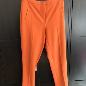 Suit bukser fra pieces, brugt få gange. Farven er bedst vist på billede 2. Fejler intet