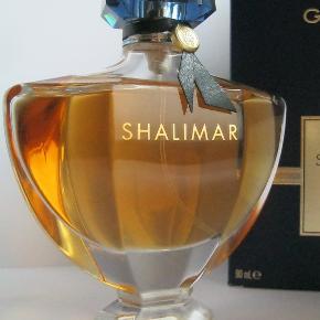 """Guerlain """"Shalimar"""" EDP, 90ml, kun testet med et enkelt spray. Købspris 1040kr."""