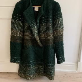 Smuk jakke fra Heartmade. Nypris ca 4000. Gør en god handel!