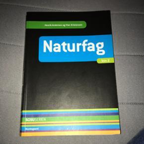 Naturfag af Henrik Andersen og Vivian Kristensen.  Bruge den til social og sundhedsassistent uddannelsen.