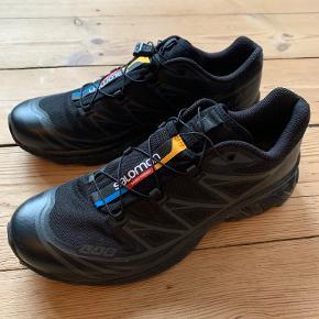 Salomon Sneakers