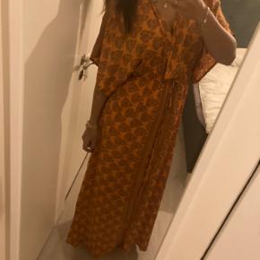Flot lang silke sari kjole